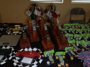 pinewood derby display table